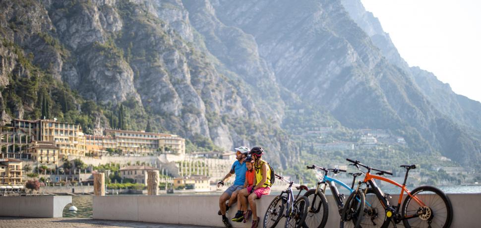 In bici sulla Riviera Gardesana