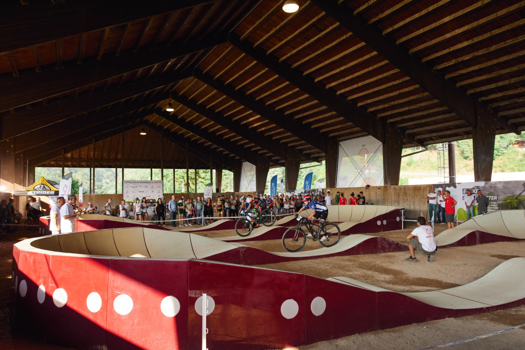 Pump Track al coperto Ciocco Bike Circle