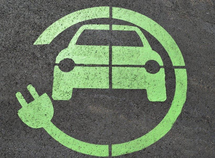 veicoli elettrici e normativa
